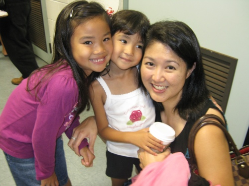 Dr. Melanie Arakaki with daughters Jade (7) and Jenna (4)