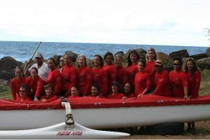 group canoe paddling photo